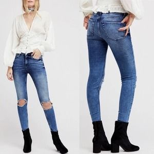 Free People | Busted High Rise Distressed Jeans